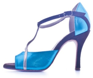 Regina Tango Shoes   Modello Tokyo - Laminato azzurro - Tacco: 9 cm - Pianta: Normale - Suola: Cuoio Torino esclusivo Tangosolar negozio scarpe tango milonga abbigliamento zapatos