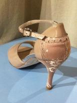 Regina Tango Shoes scarpe tango zapatos ballare scarpa da sera Modello Lolita Vernice effetto smalto tallone in pizzo Color Cappuccino Tacco 10cm