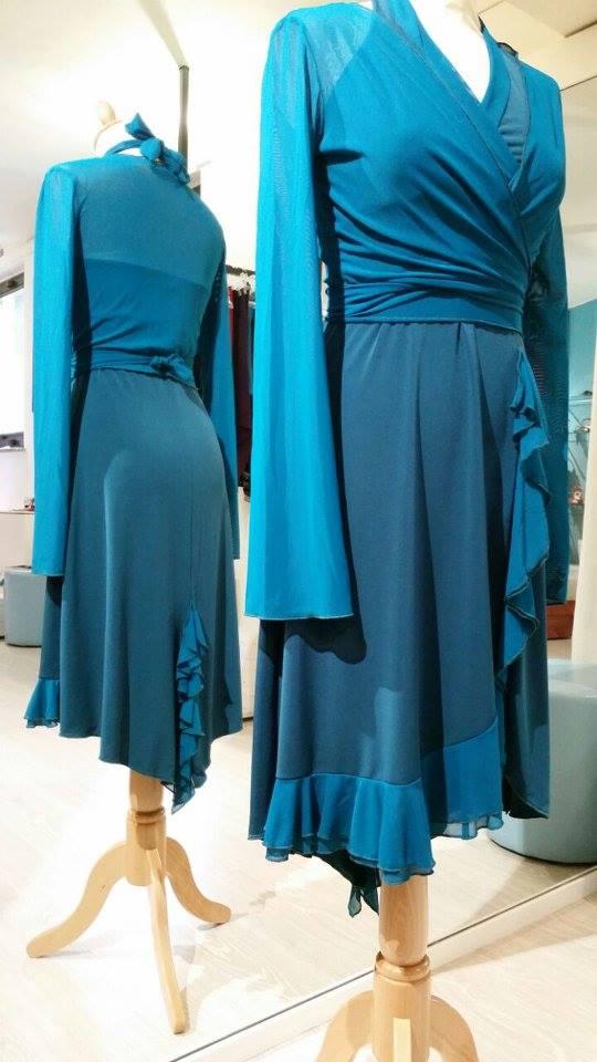 Tangosolar Torino negozio abbigliamento calzature accessori Tango e oltre ballare milonga vals abito completo colorato gonna e top