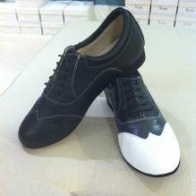 Regina Tango Shoes da uomo due colori nero bianco tacco francese 3 centimetri pelle camoscio suola cuoio Tangosolar esclusiva Torino