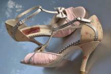 Regina Tango Shoes scarpe da donna col tacco alto da tango da ballo dorate argentate tallone scoperto per ballare col fiocco pelle Torino TangoSolar esclusiva Modello Tokyo