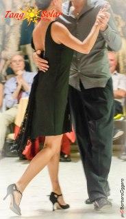 Barbara Oggero fotografia TangoSolar negozio abbigliamento Torino Tango e oltre abiti calzature da ballo da sera eventi speciali creazioni esclusive sartoriali ineditotango regina tango shoes