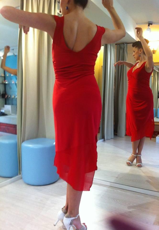 Abito Agata rosso con inserti tulle rosso Ineditotango TangoSolar Torino negozio abbigliamento Tango da sera da cerimonia esclusiva abito