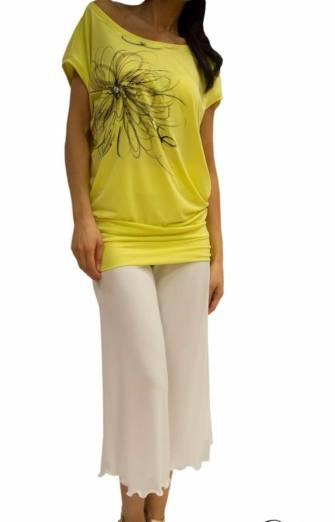 Top Sunshine lime con fiore dipinto a mano - Pantalone temptations bianco tangosolar negozio abbigliamento torino