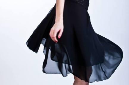 Tangosolar torino negozio abbigliamento tango aldobaraldo ballare milonga Regina Tango shoes wear gonna abito nero