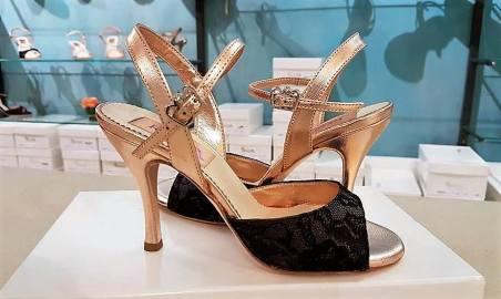 tangosolar-regina-tango-shoes-scarpe-tango-cipria-nero-pizzo