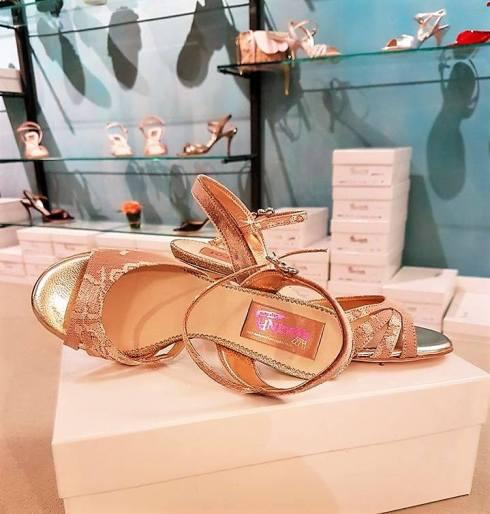 tangosolar-regina-tango-shoes-scarpe-tango-cipria-oro-pizzo-2