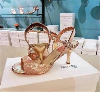 tangosolar-regina-tango-shoes-scarpe-tango-cipria-oro-pizzo