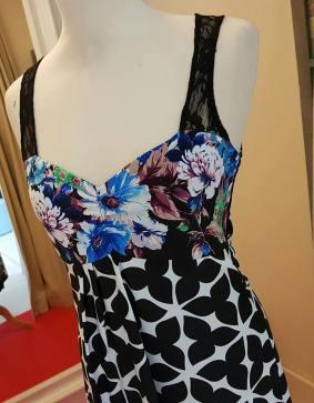 tangosolar abito bianco nero floreale