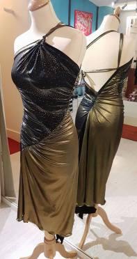 tangosolar abito oro e nero