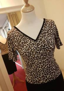tangosolar blusa leopardata