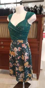 tangosolar abito verde pizzo floreale ineditotango a cross